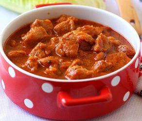 Телятина в томатном соусе