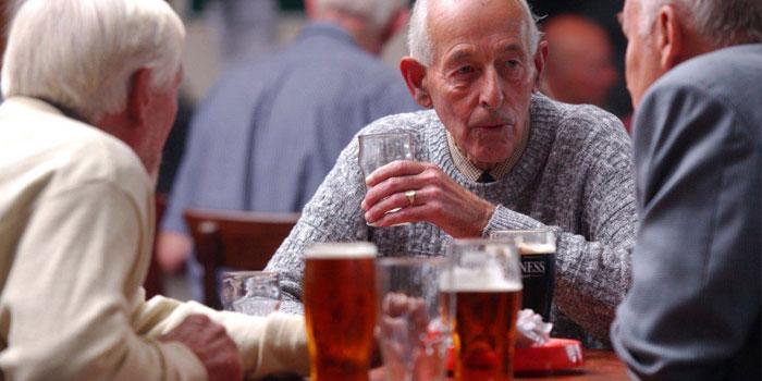алкоголь провоцирует жидкий стул
