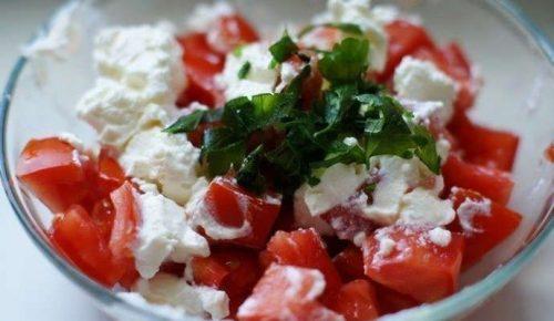 Салат с творожным сыром