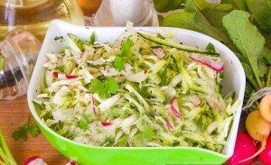 Салат из редиса и капусты