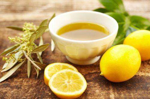 Растительное масло и лимонный сок