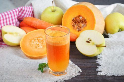 Смузи из тыквы, яблока и моркови