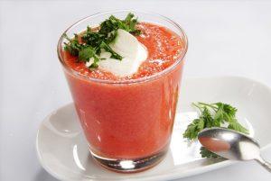 Коктейль из томатов с зеленью