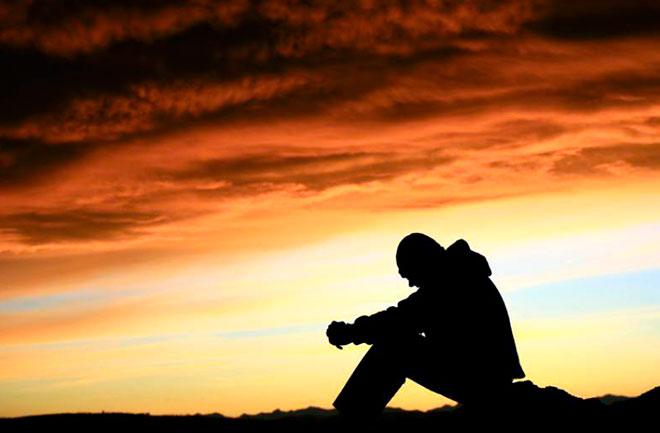 мужчина на закате