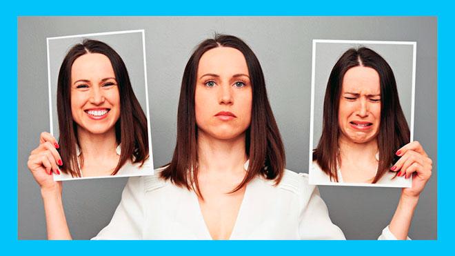женщина с разными настроениями на фотографиях
