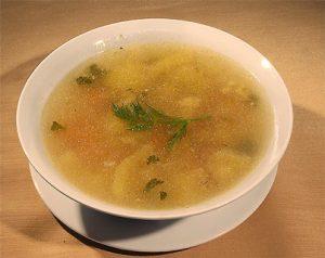 Диетический суп с сельдереем и пастернаком