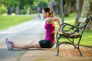 Упражнения со скамейкой