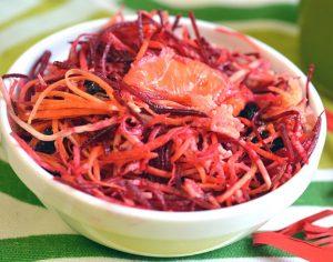Салат со свеклой и морковью с яблоком