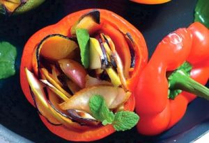 Болгарский перец с фруктами