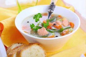 Суп с тунцом