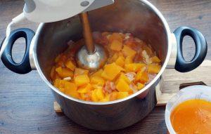 Процесс приготовления тыквенного супа