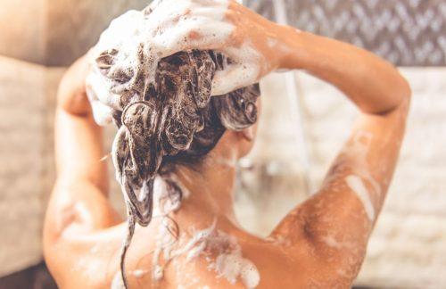 Мытье головы с маслом