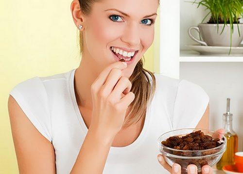 Употребление изюма на диете
