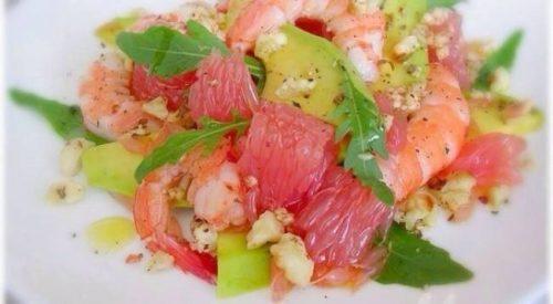 Салат с креветками, грейпфрутами и авокадо