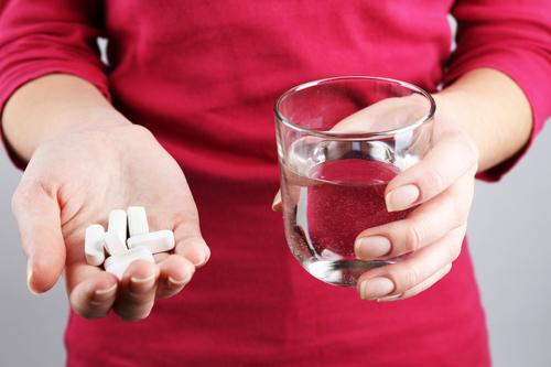 Почему после приема антибиотиков возникает вздутие живота