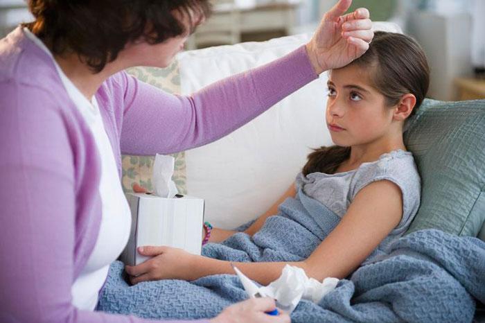 Диарея и жар у ребенка