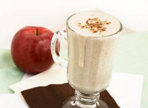 Яблочно–коричный коктейль на соевом молоке