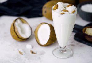 Миндально-кокосовый коктейль