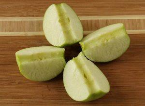 Яблоко дольками