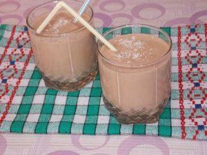 Шоколадно-творожный коктейль