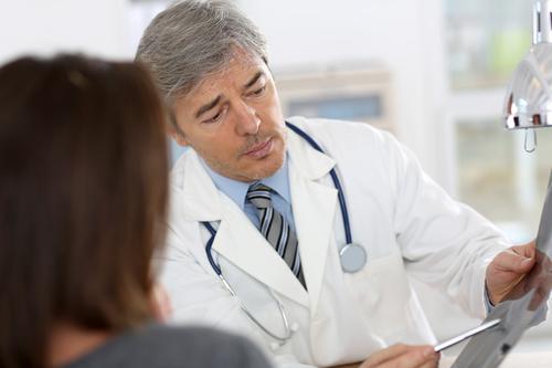 Какие симптомы язвы желудка и 12-перстной кишки