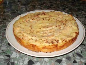 Йогуртовый пирог на яблочном пюре