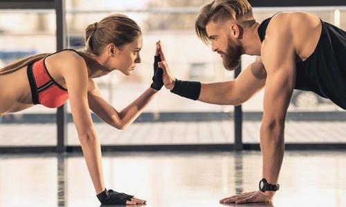 Выполнение упражнения берпи
